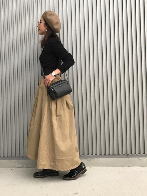 16082e047fbf0 ベージュスカートを使った着回しコーデ51選☆合わせるカラーで印象が ...