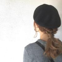いつものスタイルにひと手間をプラス。おしゃれに決める帽子スタイル集♪