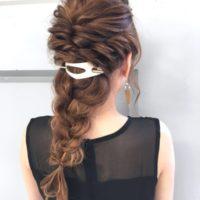 まとめ髪にぴったり!トレンドの「マジェステ」を使ったオトナのヘアアレンジ集☆