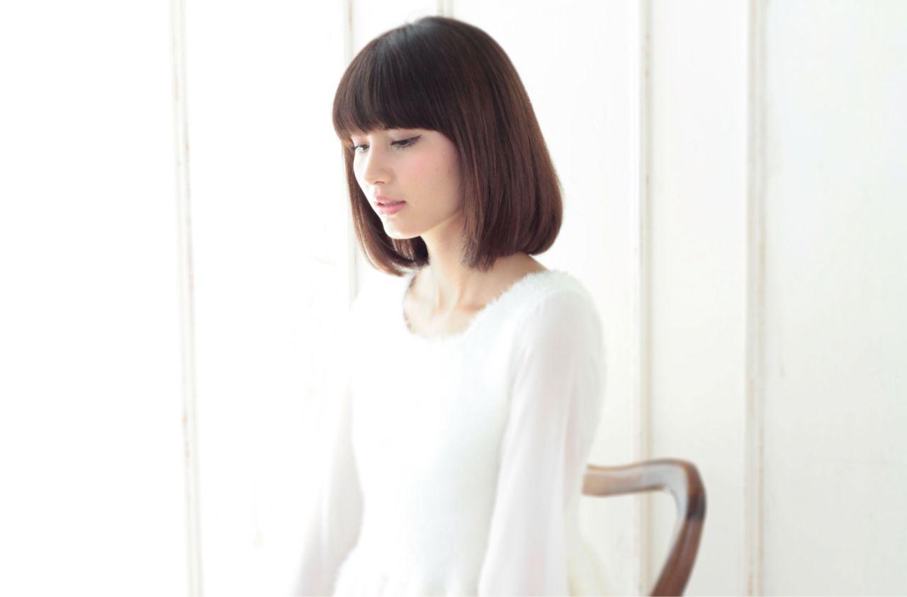 やはり日本女性の黒髪に1番似合うのは、ボブスタイルではないでしょうか♪前髪長めで、謙虚な女性の雰囲気ですね!