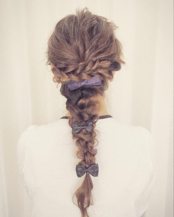 バレッタを使ったまとめ髪