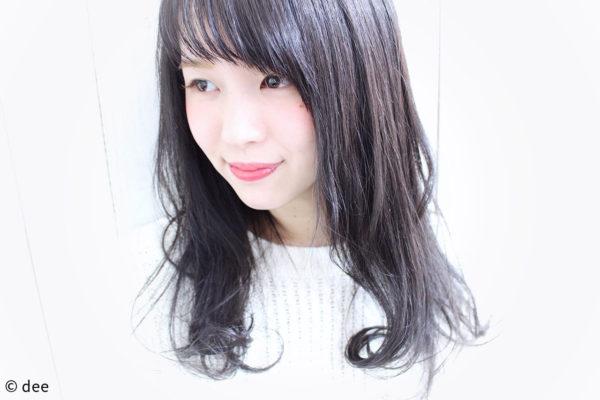 透明感は明るい髪色だけ?もちろんそんなことはありません!!ダークトーンでも透けるヘアカラーはできます。暗くても透明かのある色は可愛さ抜群です♪