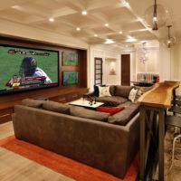 憧れの壁と一体型のテレビで、お部屋を広く、配線などを目立たなくしてスタイリッシュにしませんか