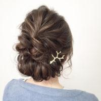 短い髪でもアレンジ可能!簡単にできるアップスタイル「ギブソンタック」がオトナ女子に大人気♡