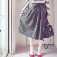 ユニクロの旬スカート♡ハリ感とふんわり感の2つが手に入る 【ハイウエストベルテッドフレアミディスカート】