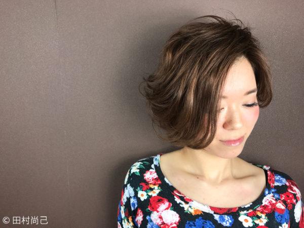 クールビューティな前髪無しのパーマスタイル4