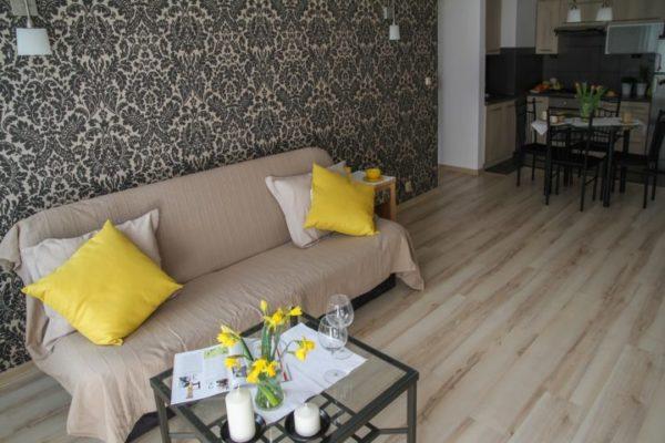 apartment-2094646_1920