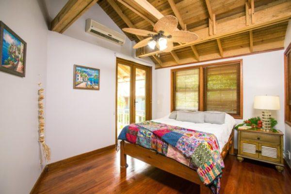 beach-house-1505461_1920