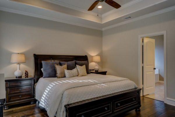 bedroom-1940168_1920