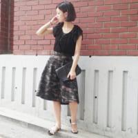 迷彩スカートのコーデ集♡大人可愛く着こなす、長さ別のおしゃれコーデをご紹介!
