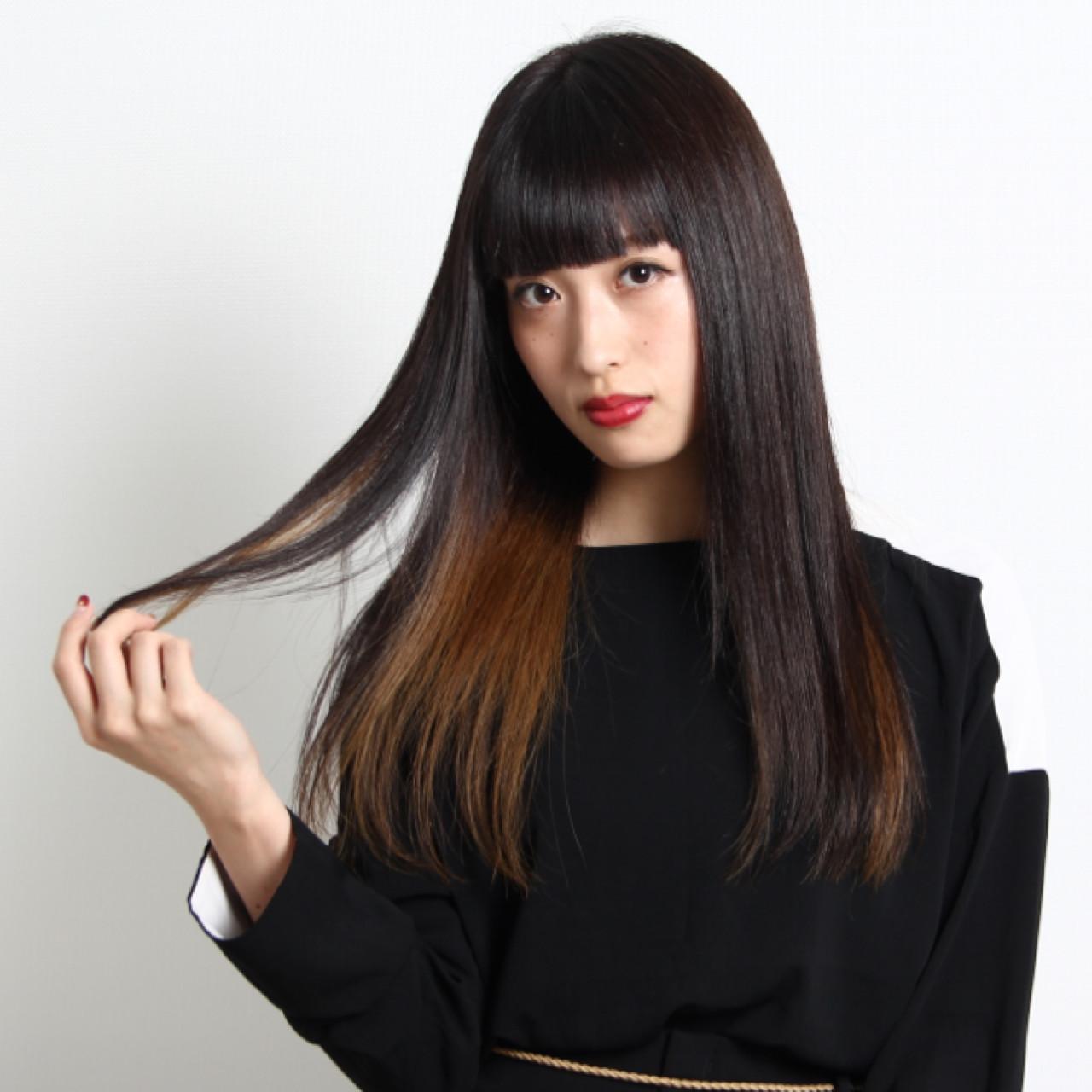 黒髪だからこそ出せるツヤ感で魅力的な女性に!3