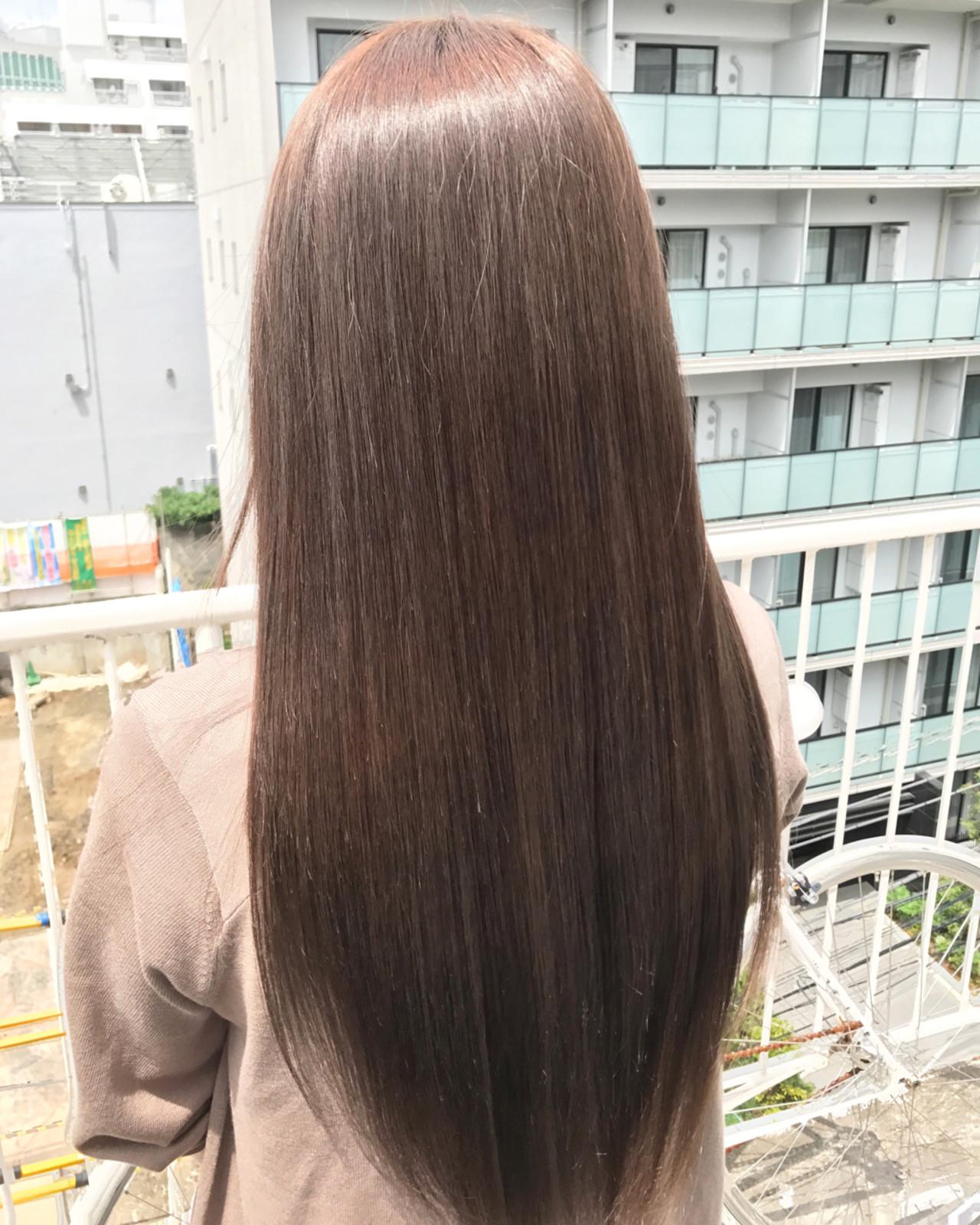 誰もが憧れるさらさらストレートの髪型4