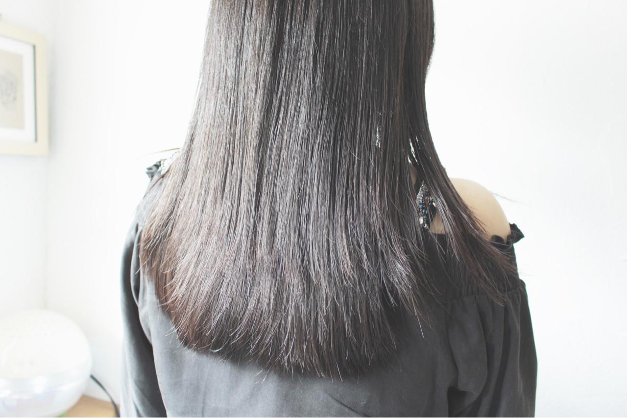誰もが憧れるさらさらストレートの髪型9