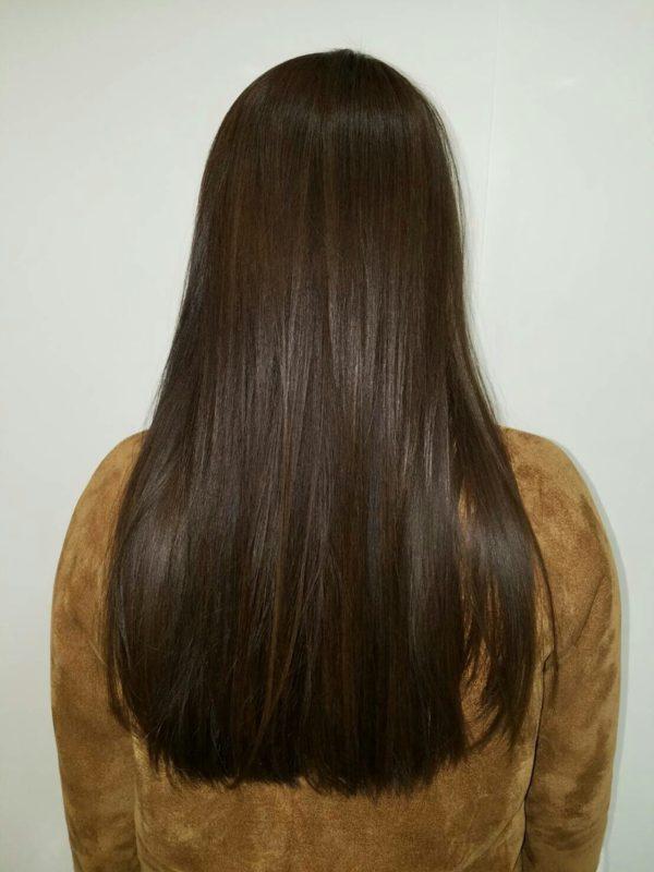 髪の美しさが際立つロング