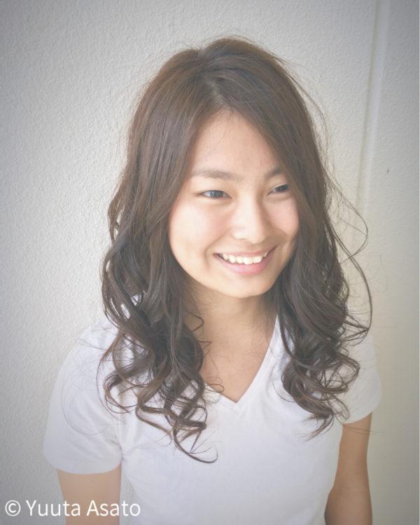 髪の美しさが際立つロング7