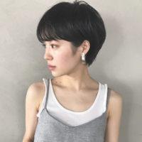 すっきりと首が長く見える効果も!オシャレで上品な前髪重ためショートヘア特集