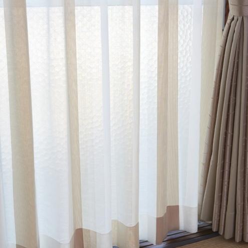 ナチュラル&シンプルなカーテンでお洒落なお部屋に9