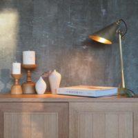 部屋の雰囲気作りにはテーブルランプがおすすめ。シンプルからアンティークまで一挙ご紹介☆
