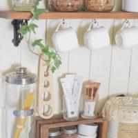 花や植物で彩ろう☆素敵なキッチンインテリアに仕上げるコツをご紹介