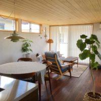 心地よい空間。コットンや木製品に囲まれたやさしい雰囲気のナチュラルリビング8選☆