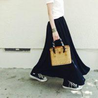 大人女子におすすめのスニーカーコーデ20選☆定番カラー別のスタイリングをご紹介します!