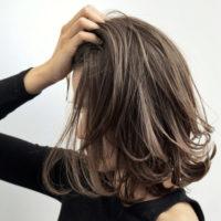 揺れる髪に視線釘付け!ハイライト3Dカラーのヘアスタイル☆
