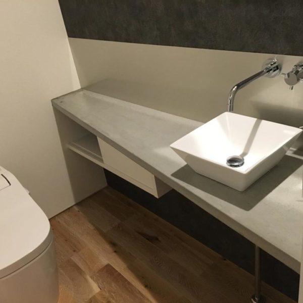 洗面台がモルタル