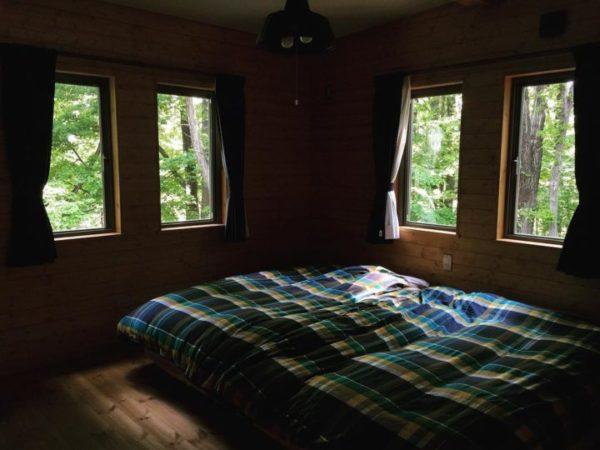 安眠に効果的な寝室インテリアの法則36