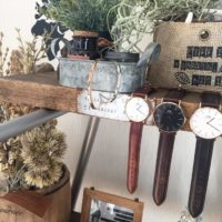 腕時計がインテリアに大変身☆お気に入りのアイテムをオシャレに見せる収納術!