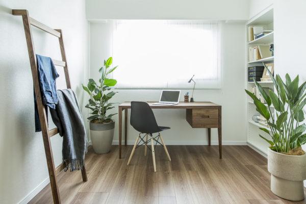 インテリアレイアウト③部屋で仕事ができる空間作り2