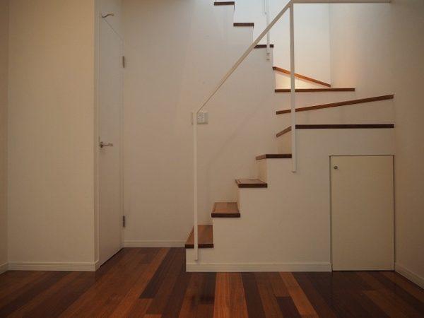 階段下スペース例9