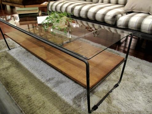 アイアン脚のテーブル2