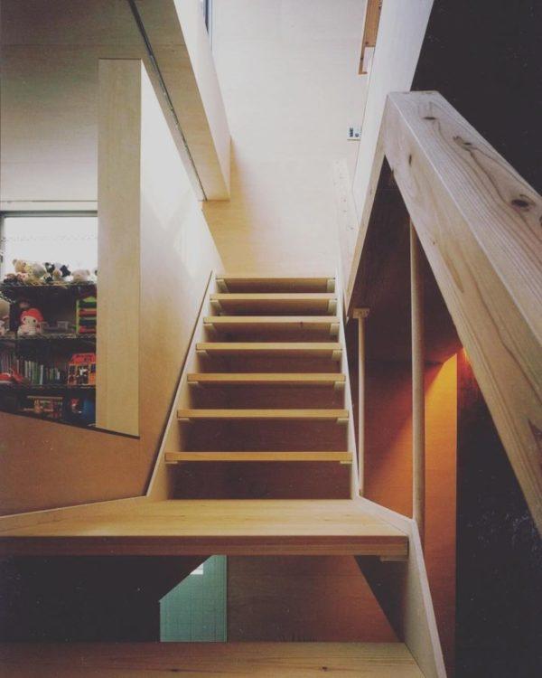 階段下を活用しよう