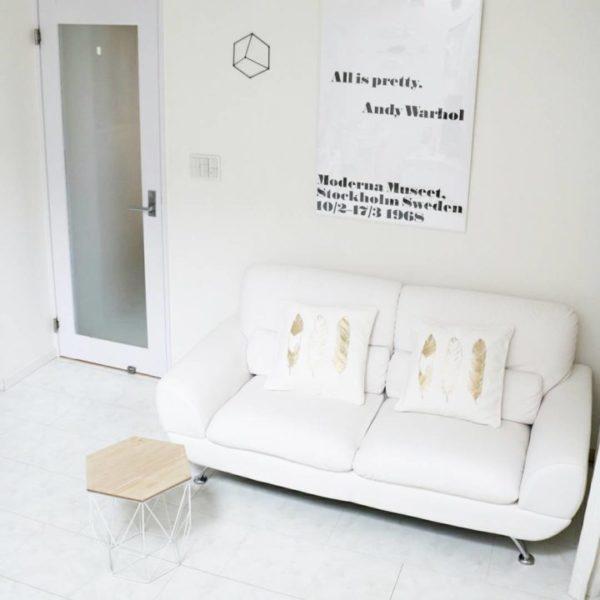 部屋を広くみせるホワイト家具3