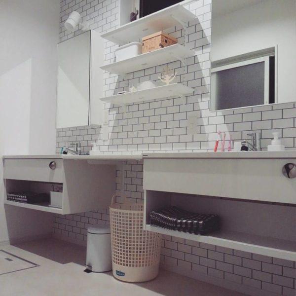 建て付けタイプの壁面収納棚3