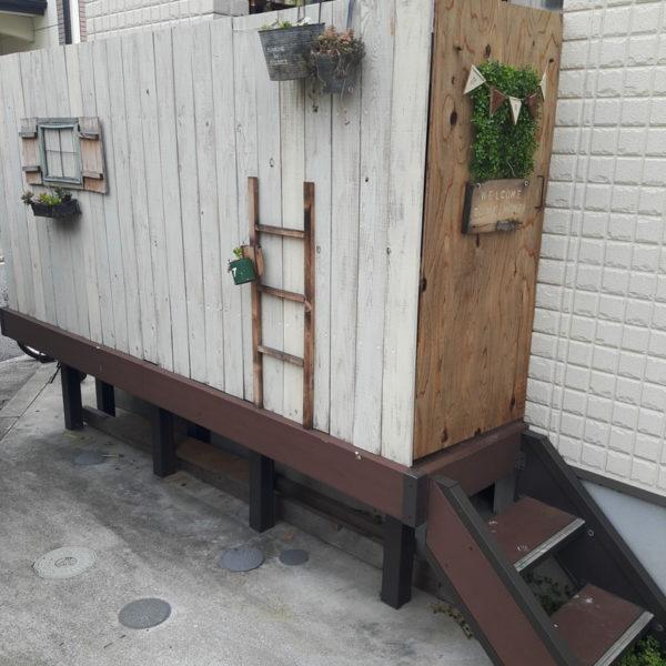 DIYを楽しんで♪木材を使った目隠し実例6