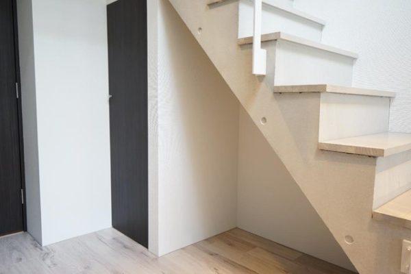 階段下スペース例7