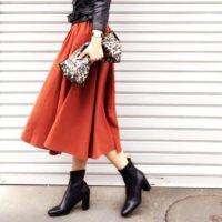豊富なカラーとデザインでコーデの幅広がる♡【カラー別】秋冬のフレアスカートコーデ15選♪