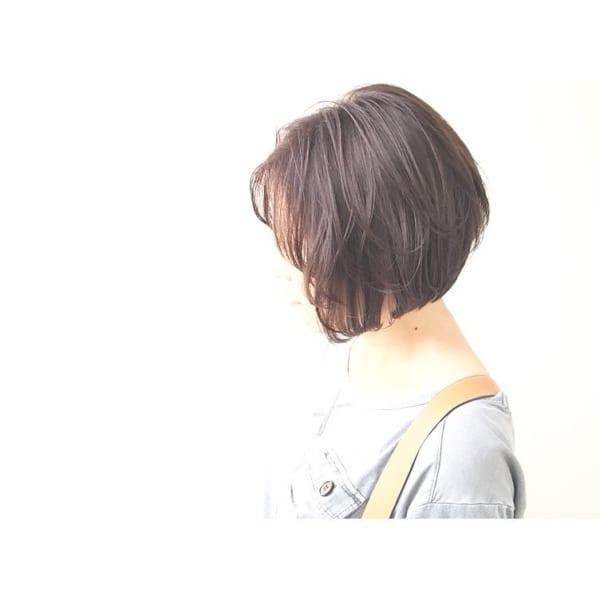 前下がりボブ髪型例25