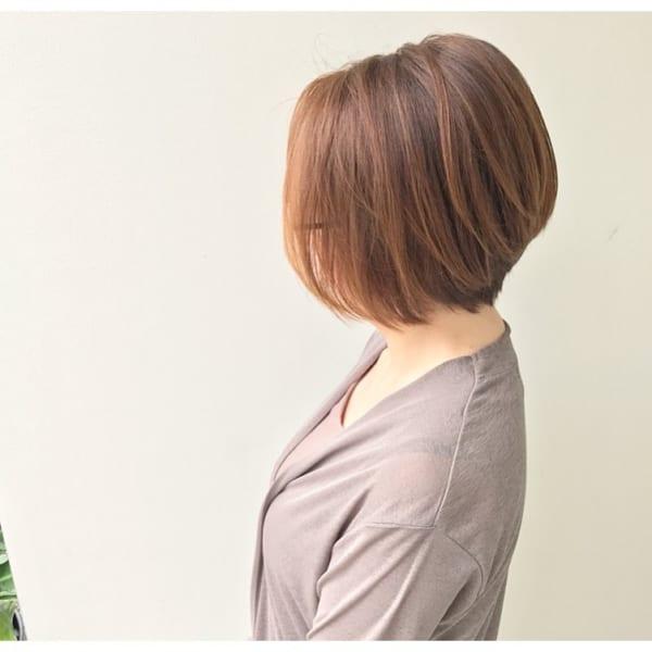 前下がりボブ髪型例42