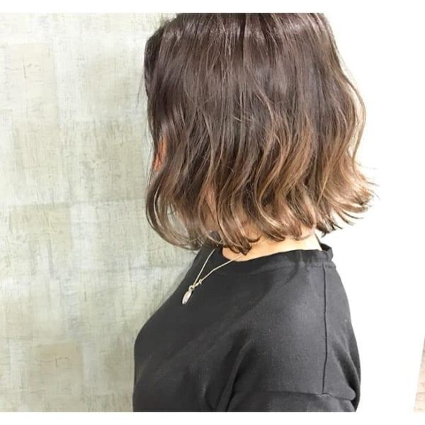 ふわっとウェーブ髪型例14