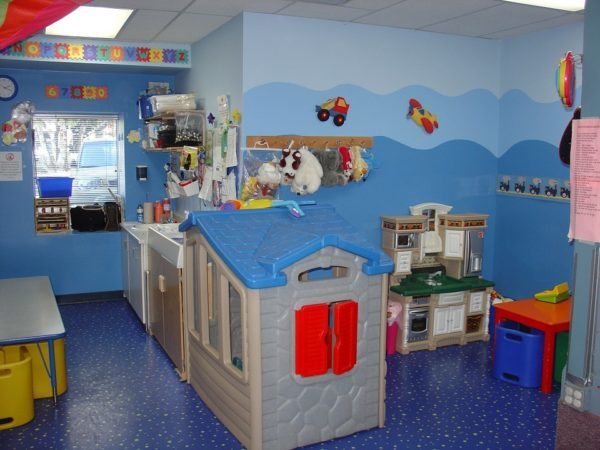 toddler-room-569199_960_720-600x450