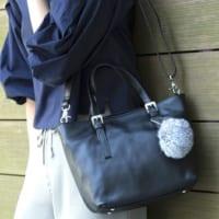 ふわふわで可愛いポンポン小物♡通勤&普段着で使える大人女子のポンポンコーデ15選♪