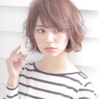軽めな質感が可愛い♡ニュアンシーヘアはシルエットの作り方が大切!