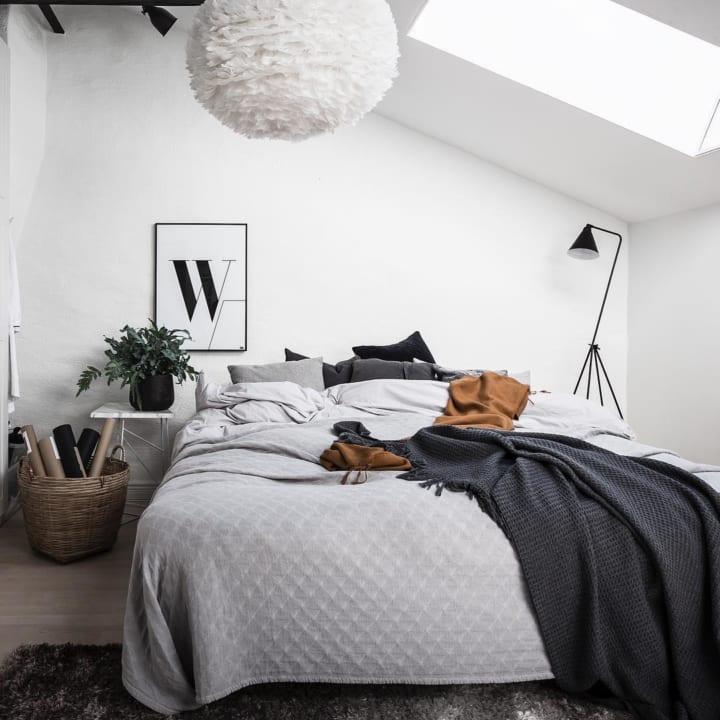 シンプルな寝室8