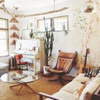素敵なリビングルームを作ろう!海外インテリアから学ぶソファの色別コーディネート術♡
