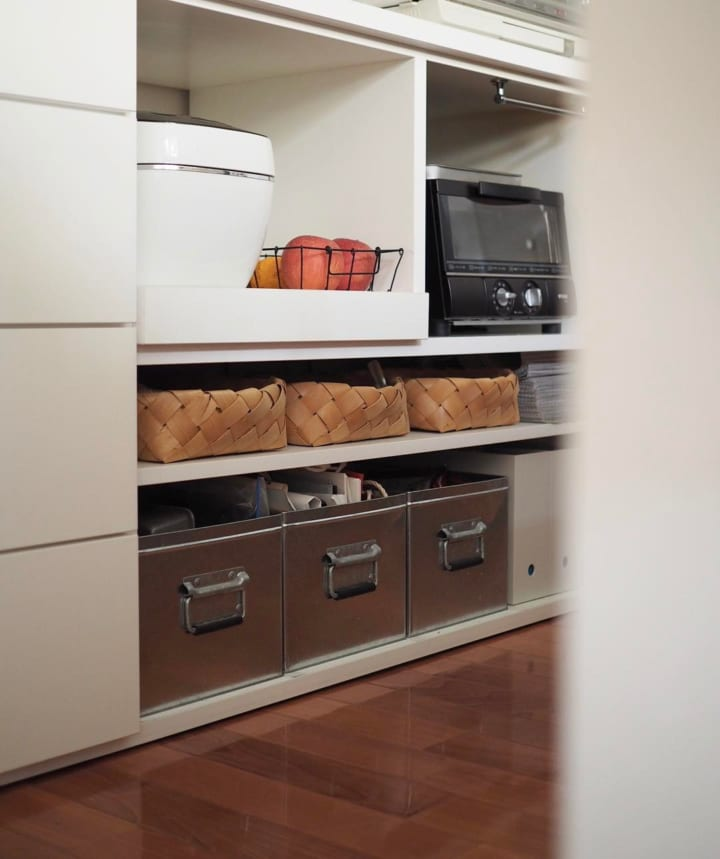 キッチンのカウンター下収納実例9