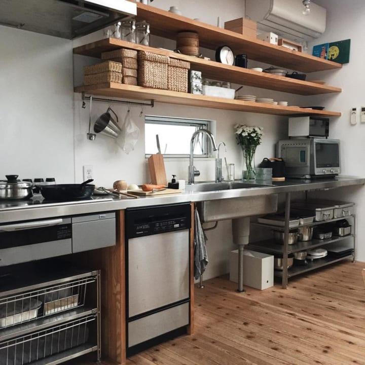 キッチンのカウンター下収納実例8
