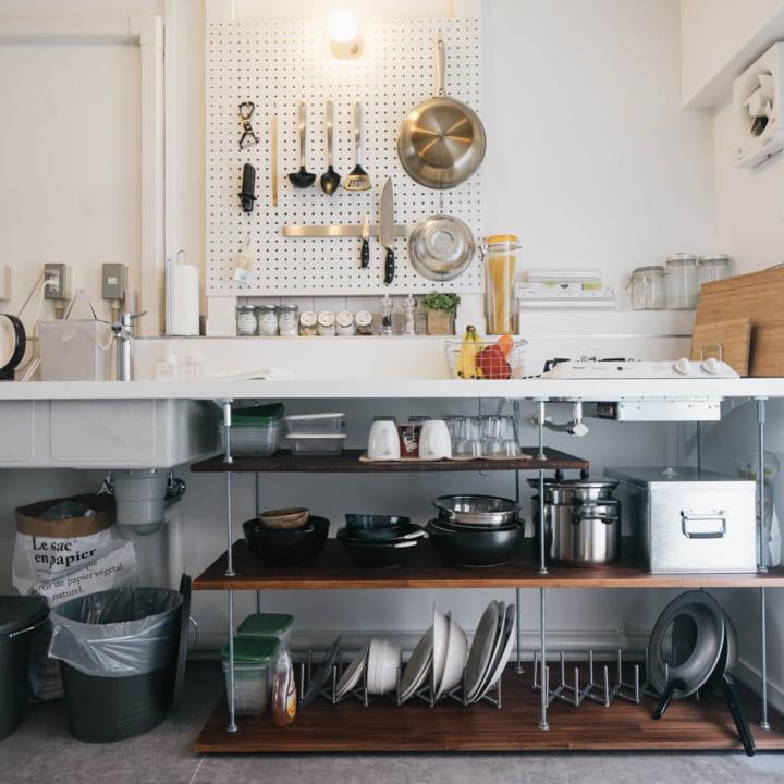 キッチンのカウンター下収納実例5