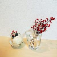 お部屋をお花で彩りたい!冬のインテリアにマッチするフラワーアレンジメント